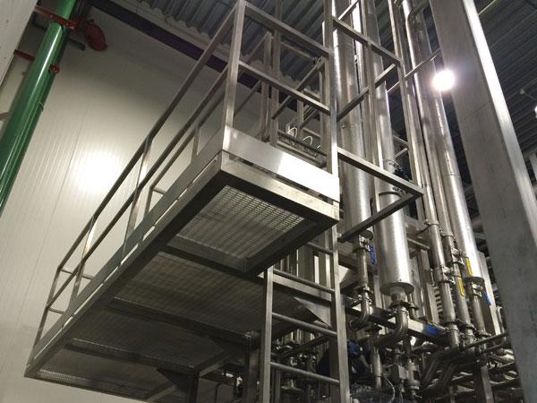 Industriele bordessen. Metaalwerken en staalconstructies. RVS, Staal & Aluminium West Vlaanderen