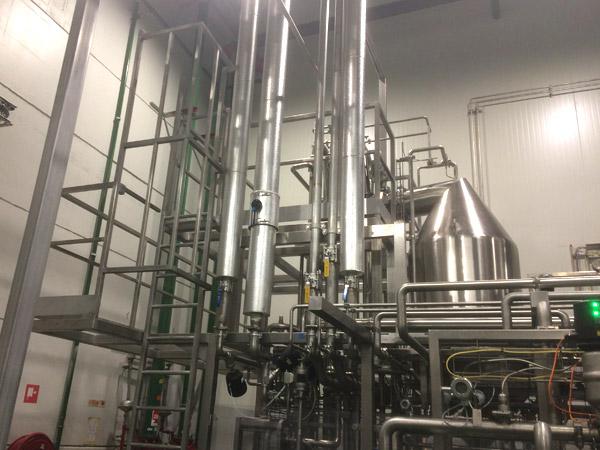 8 Inox Bordessen in Sterilisatiezaal  BVBA De Schryvere Wim