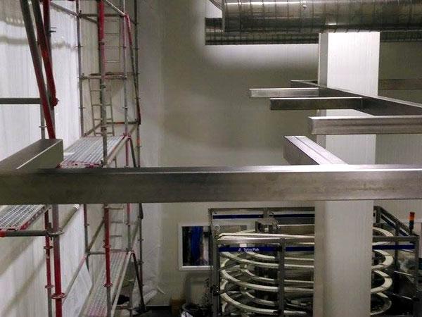 Pipe rack / buizenrek / pijpenrek West Vlaanderen -  Inox Ondersteuning voor Leidingtraject