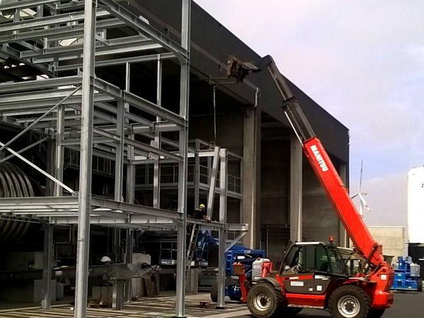 Staalconstructie. Metaalwerken en staalconstructies. RVS, Staal & Aluminium West Vlaanderen
